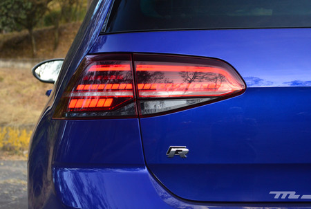 Volkswagen Golf R 14