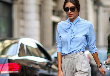 Siete blusas con lazada como las que lucen las italianas en su street style