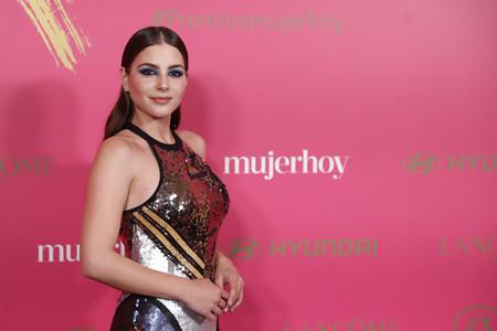 Andrea Duro y Ana Polvorosa apuestan (muy fuerte) por las sombras azules en los Premios Mujer Hoy