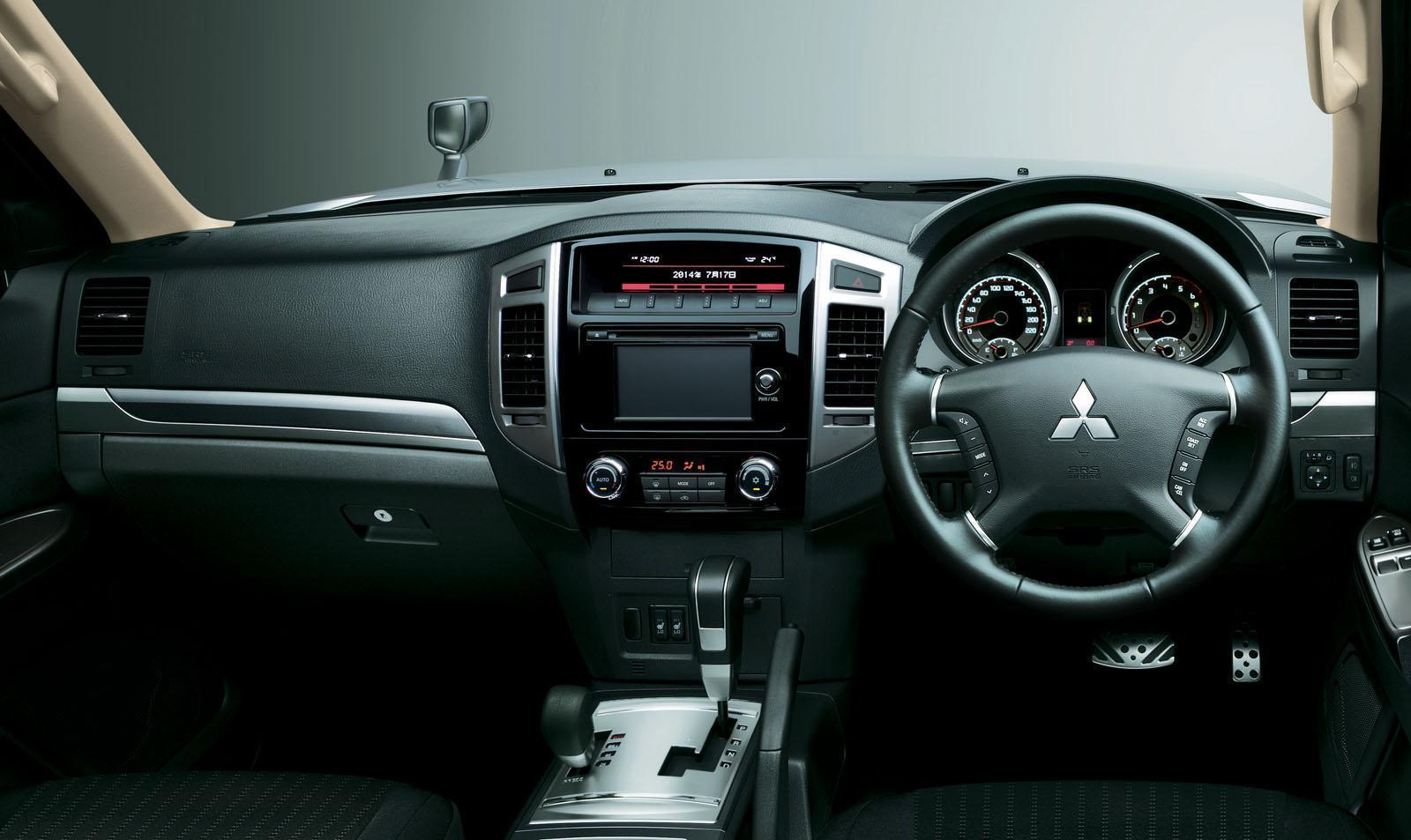 Foto de Mitsubishi Pajero 2015 (18/30)