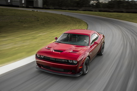 El Dodge Challenger Hellcat, aún más agresivo gracias a un kit de ensanche oficial