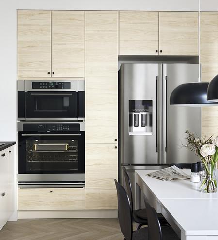 Madera clara cocina 2 Catálogo Ikea 2020. tendencias colores