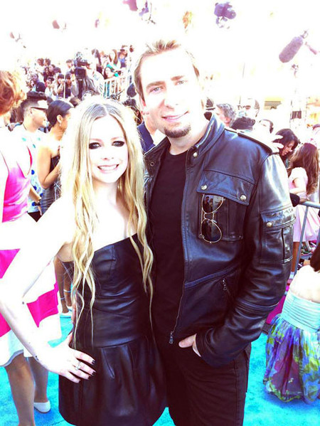 Avril Lavigne vuelve a dar el sí, quiero: ¡y esta vez parece que va para largo!