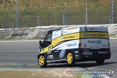 Ford Transit Trophy en el Circuito del Jarama
