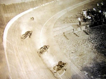 Los motódromos: historia de velocidad, fama y muerte (2)