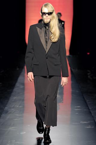 Foto de Jean Paul Gaultier Otoño-Invierno 2011/2012 en la Semana de la Moda de Paris (6/40)