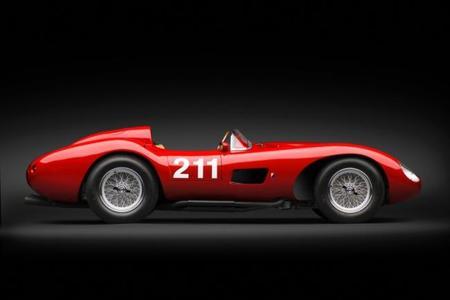 1957 Ferrari 625 TRC Spider vista lateral