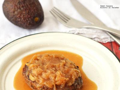 Salisbury Steak con salsa de cebolla caramelizada. Receta