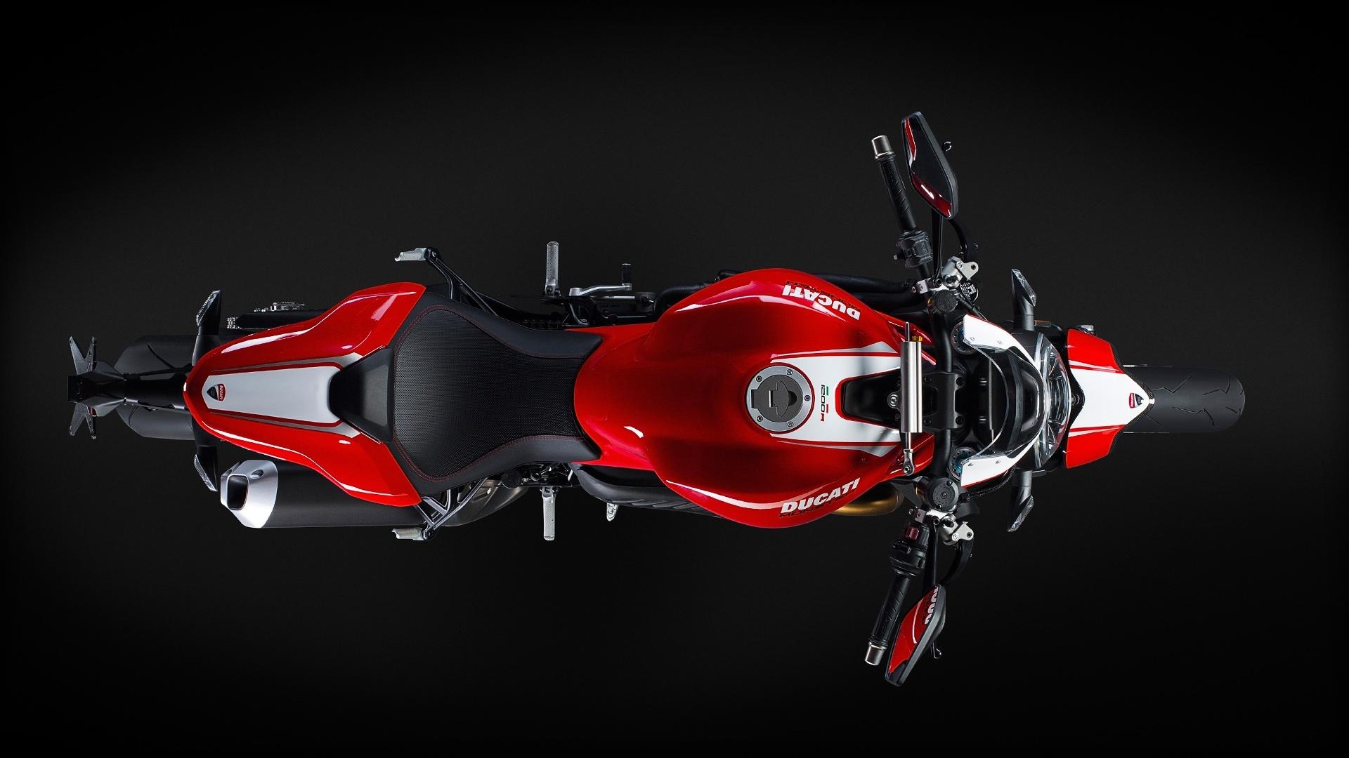 Foto de Ducati Monster 1200 R (30/30)