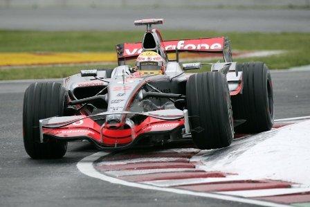 Lewis Hamilton lo borda en Canadá, y Alonso saldrá 4º