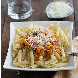 Receta de macarrones con verduras y jamón, para aprovechar al máximo los productos de la huerta