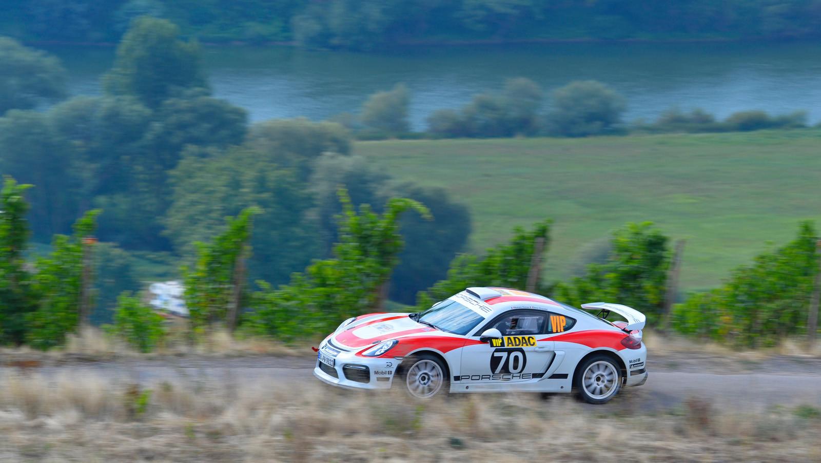 Foto de Porsche Cayman GT4 Clubsport (2/16)