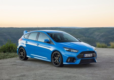 Ford Focus Rs 2016 1024 07