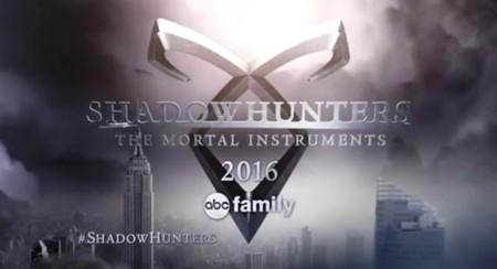 Primeras imágenes de 'Shadowhunters', la versión de ABC Family de 'Cazadores de Sombras')