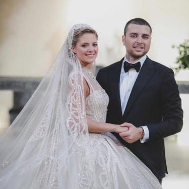 Así ha sido la espectacular boda del hijo de Elie Saab y Christina Mourad, cuatro vestidos con cientos de metros de tela cada uno