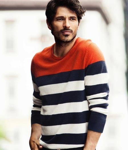 Andrés Velencoso igual se te mete en la ducha en gayumbos que se prueba lo último de H&M