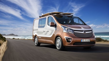¿Te gusta la diversión al aire libre? Aquí está Opel Vivaro Surf concept
