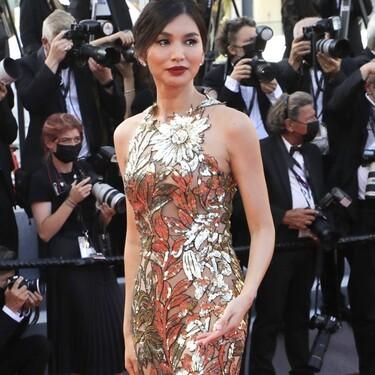 Gemma Chan tiene el mejor maquillaje de Cannes 2021 y solo ha necesitado labial rojo y dos perlas faciales