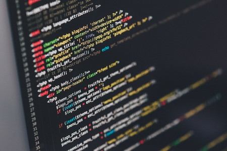 Hackers están recopilando contraseñas y datos de pago de 4.600 webs, incluida Correos