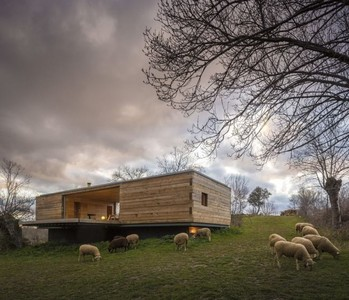 B House del estudio CH+QS Arquitectos. Vivienda, naturaleza, sencillo placer