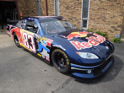 ¡Vaya ganga! Este Toyota de la NASCAR con 700 CV tendrá un precio estimado de 32.000 euros