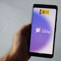 A Radar COVID le crecen los enanos: a su fracaso y los 3,2 millones de euros (mal)gastados se une ahora una demanda por violación del RGPD