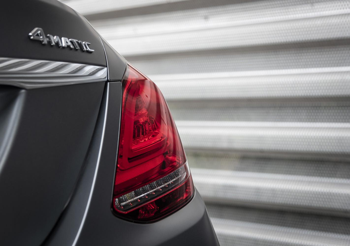 Foto de Mercedes-Benz Clase C 2018, toma de contacto (116/255)