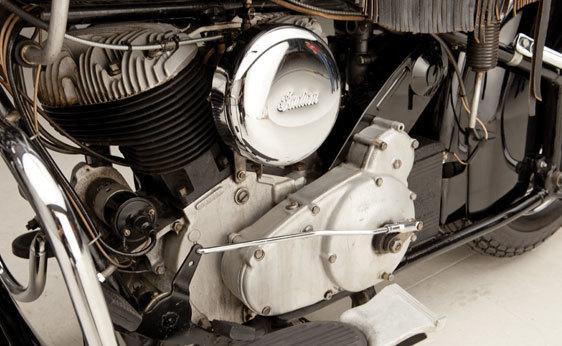 Foto de A subasta la motocicleta Indian Chief de 1946 que perteneció a Steve McQueen (10/19)