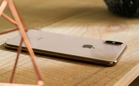 Comienza el baile: el iPhone cae un 15% pero Apple mantiene su segundo puesto según los analistas