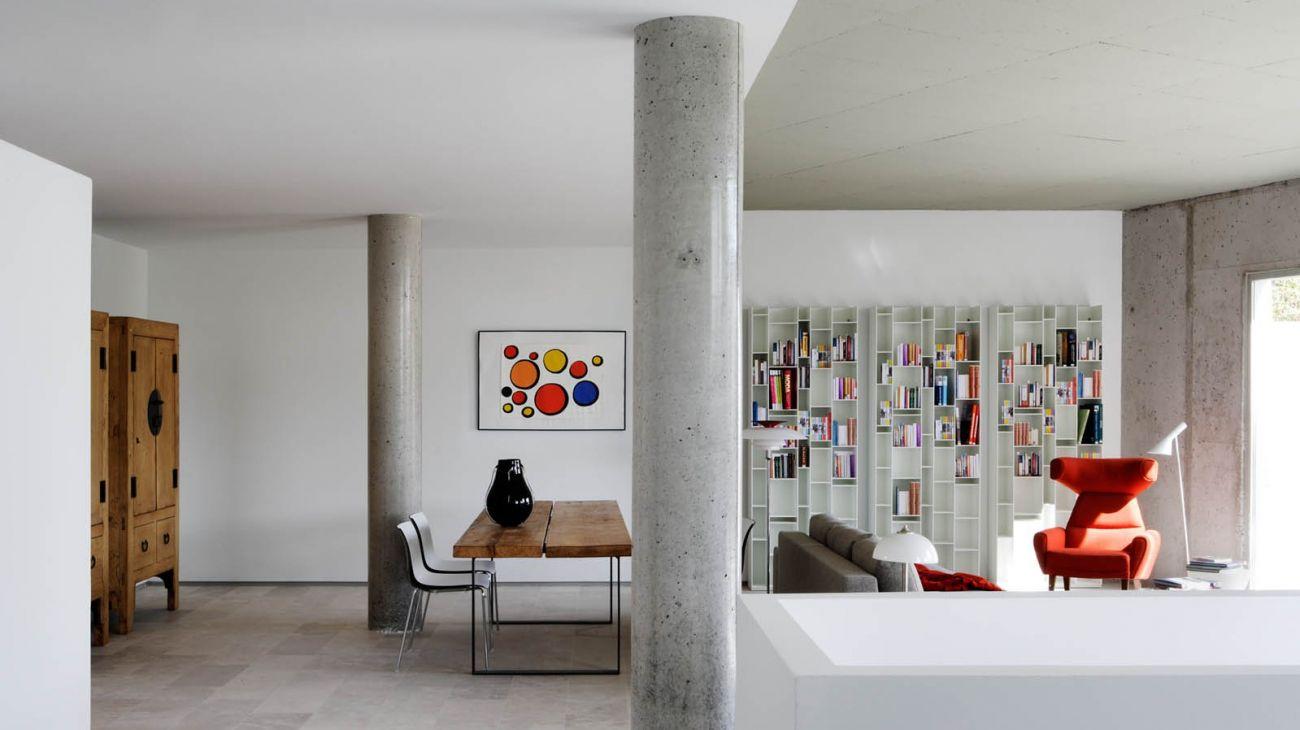 Suelos y paredes en hormig n pulido 17 inspiradores ejemplos - Como decorar columnas ...