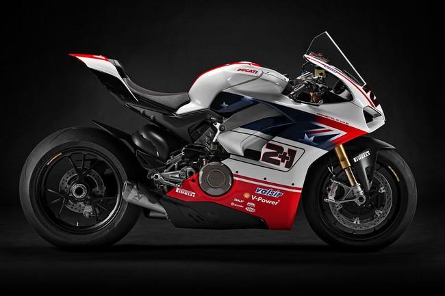Las Ducati Panigale V4 del WDW se han subastado pagando por la de Troy Bayliss ¡más de 120.000 euros!