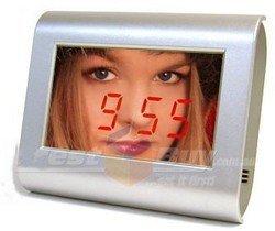 Mirror Alarm Clock, reloj con espejo