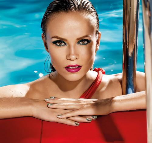 Consigue looks perfectos (y a buen precio) con 'Riviera', la colección de verano de L'Oréal