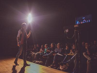 """Andrés Parro, director Photo Forum Barcelona: """"La industria fotográfica ha cambiado brutalmente los últimos años"""""""