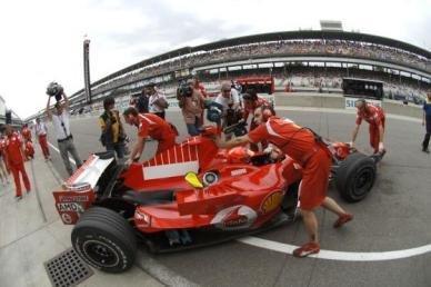 Pole en Indy para Ferrari Bridgestone
