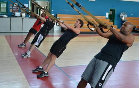 Cinco beneficios del TRX o entrenamiento en suspensión