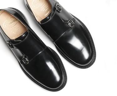 Estilo inglés para todos los días: zapatos Church's de doble hebilla
