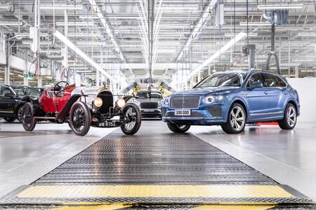 Bentley está de fiesta, después de 18 años de operaciones en la planta de Crewe, la unidad número 200,000 ha sido producida