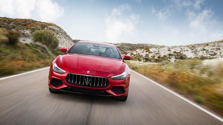 Maserati se electrifica: el Ghibli será híbrido en 2020 y los GranTurismo y GranCabrio, 100% eléctricos en 2021
