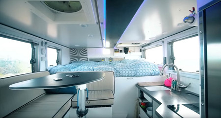 Ambulancia Camper 22