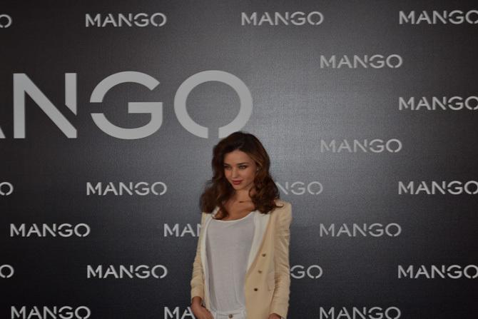 Foto de Miranda Kerr para Mango, rueda de prensa (8/16)