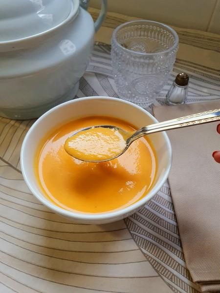 Crema de verduras con Mambo 8090
