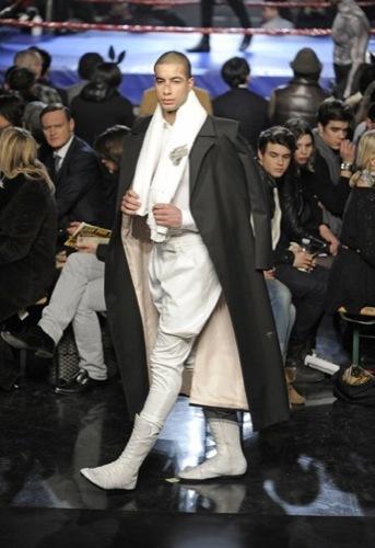 Jean Paul Gaultier, Otoño-Invierno 2010/2011 en la Semana de la Moda de París. Boxeo