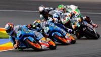 #ForeverForward: buscando el piloto de Moto3 y Moto2 que mejor adelanta