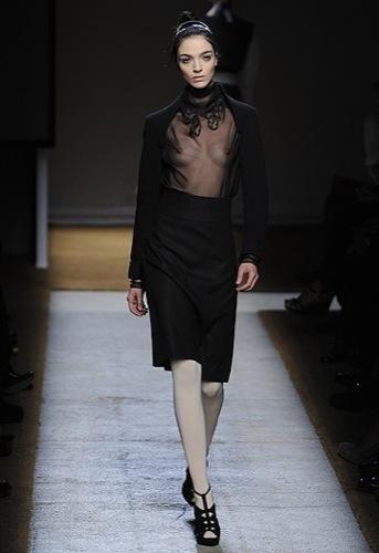 Yves Saint Laurent, Primavera-Verano 2010 en la Semana de la Moda de París IV