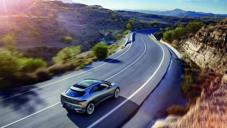 Jaguar I Pace Concept 3