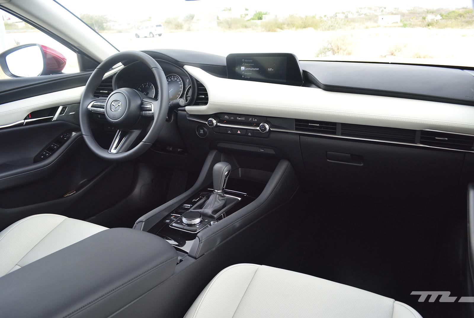 Foto de Mazda 3 2019 en México (22/27)