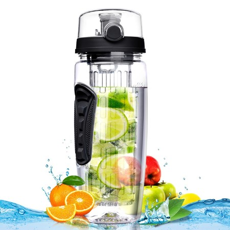 Botella de Agua de Tritan con infusor de esencia de Frutas rebajado en Amazon por sólo 8,49 euros. ¡Disponible en varios colores!
