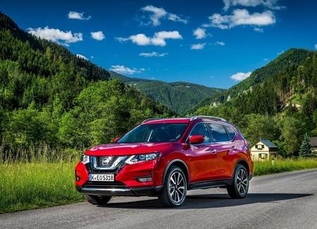 Nissan X Trail 2018 1600 02