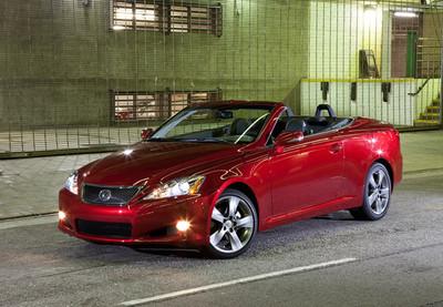 Lexus llama a revisión 1.909 coches en España